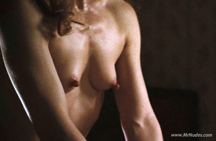 Alice greczyn in nude video free