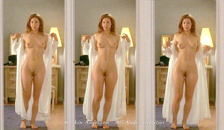 Case alex kingston naked